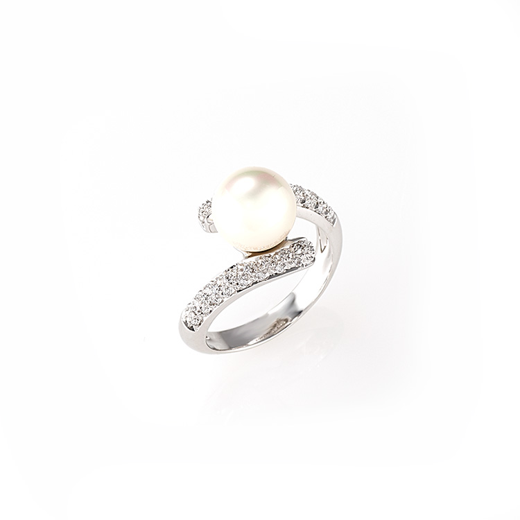 Ring white gold 18kt brilliant cut diamonds 0,25ct Japanese Pearl