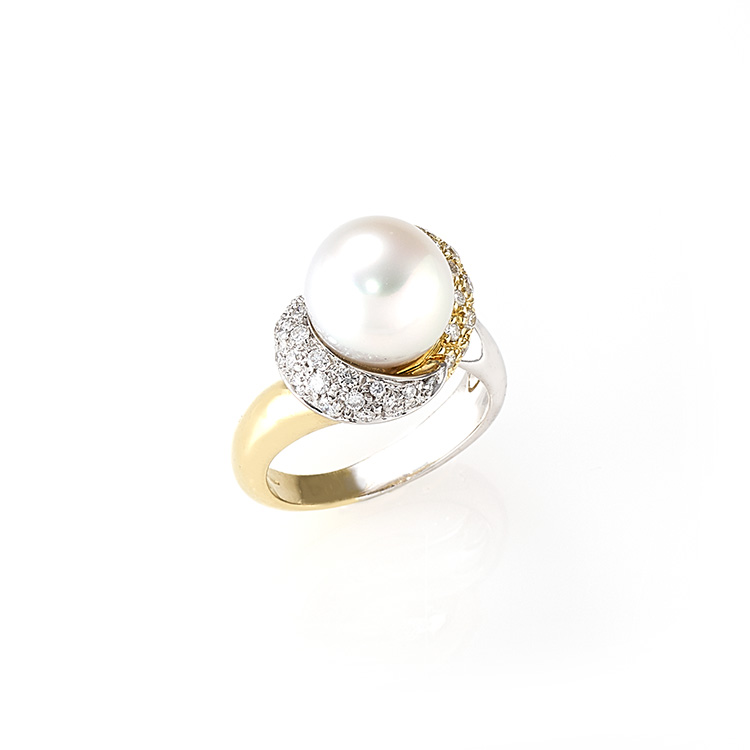 Ring white yellow gold 18kt brilliant cut diamonds 0,90ct Australian Pearl