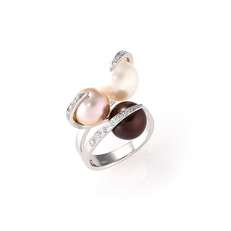 Ring white gold 18kt brilliant cut diamonds 0,20ct Chocolate, Chinese and Japanese Pearls